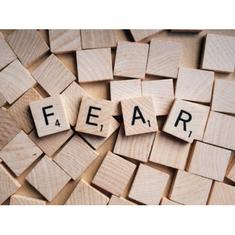 atmosféra strachu v práci